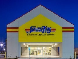 Houston TX Service King Galleria body shop reviews. Collision repair near 77057. Service King Galleria for auto body repair.