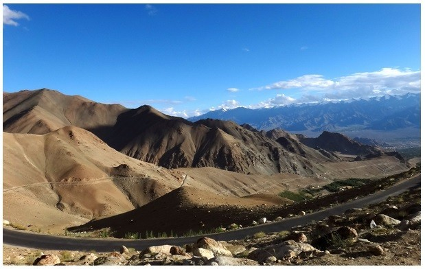 Khardung Pass in India