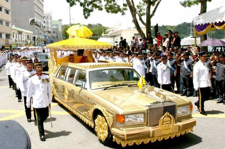 The Sultan of Brunei's Custom Rolls Royce Silver Spur Limo