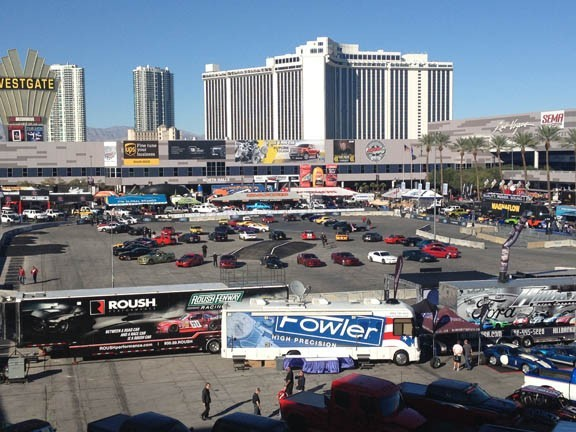 exterior shot of the 2014 SEMA tradeshow