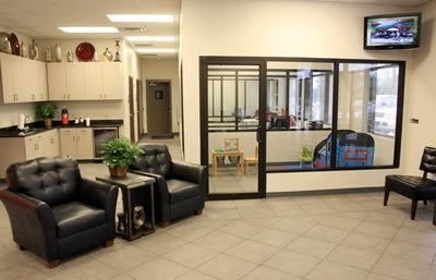 Laneys Collision Center 916 E Hillsboro St  El Dorado, AR 71730  A fully staffed office and a comfortable waiting area awaits your visit ...