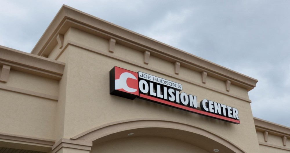 We are a professional quality, Collision Repair Facility located at Johnson City, TN, 37601. We are highly trained for all your collision repair needs.