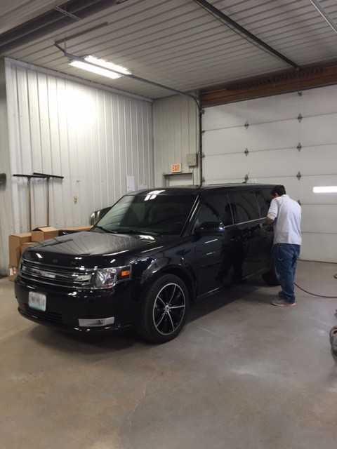 Friendly faces and experienced staff members at Kevin Ball Auto Body, in Leadington, MO, 63601, are always here to assist you with your collision repair needs.