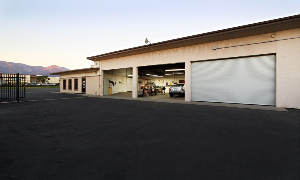 Seidner's Collision Center - Ontario 611 W Holt Blvd  Ontario, CA 91762 Collision Repair Experts.  Our Location Is Convenient For Our Guests With Easy Access & Ample Parking.