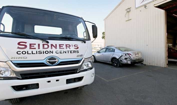 Seidner's Collision Center - Perris
