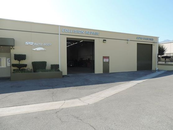 S and D Auto Body - We are Centrally Located at Monrovia, CA, 91016-4831 for our guest's convenience and are ready to assist you with your collision repair needs.