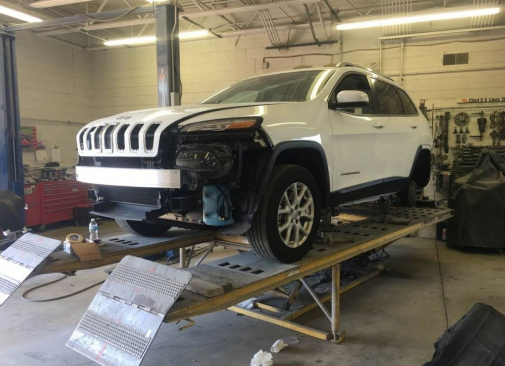 White Eagle Auto Body Oswego - Accurate alignments are the conclusion to a safe and high quality repair done at White Eagle Auto Body, Naperville, IL, 60563