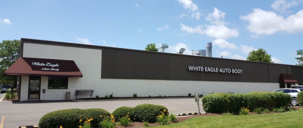 White Eagle Auto Body Naperville - We are centrally located at Naperville, IL, 60563 for our guest's convenience and are ready to assist you with your collision repair needs.