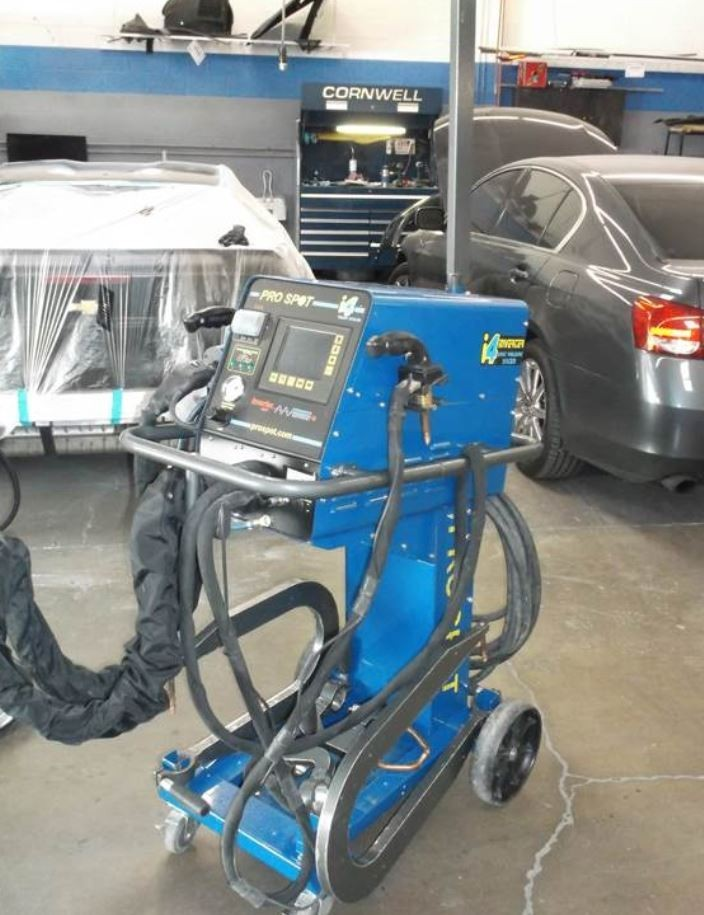 ... Professional Vehicle Lifting Equipment At Fairway Chevrolet Collision  Center , Located At Las Vegas, ...