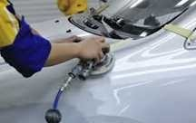 Lindsay Collision Center of Wheaton