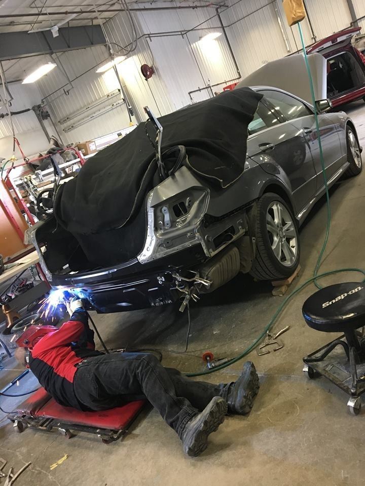 All of our body technicians at Chaz Limited Collision Express Downtown, Anchorage, AK, 99501, are skilled and certified welders.