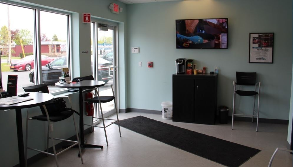 Here at Mohawk Collision Center, Scotia, NY, 12302, we have a welcoming waiting room.