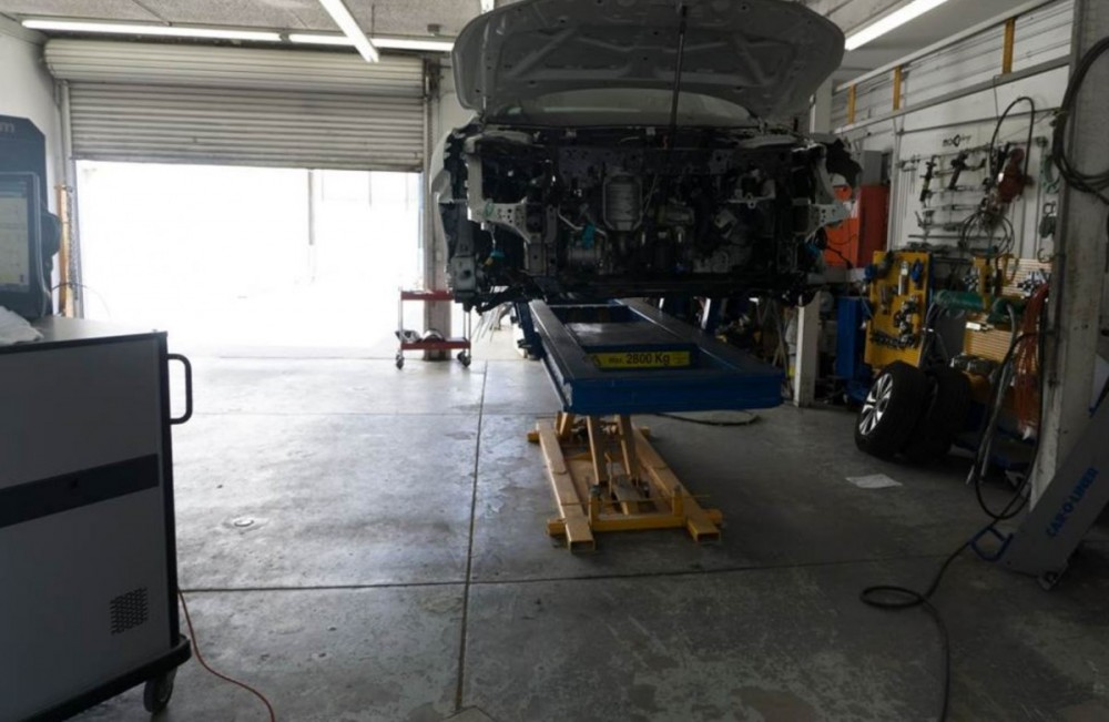 Chilton Auto Body San Mateo - We are a high volume, high quality, Collision Repair Facility located at San Mateo, CA, 94401. We are a professional Collision Repair Facility, repairing all makes and models.