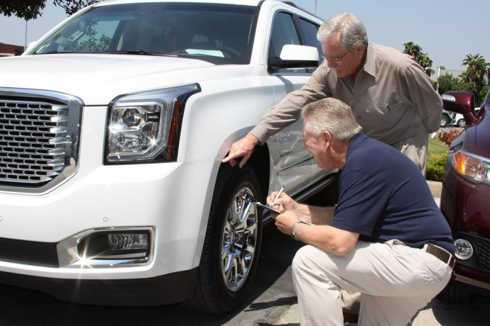 Friendly faces and experienced staff members at Anaheim Hills Auto Body, in Anaheim, CA, 92806-2116, are always here to assist you with your collision repair needs.