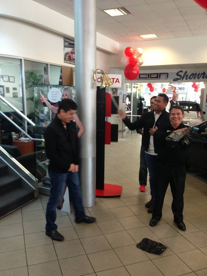 Toyota of North Hollywood 4645 Lankershim Blvd North Hollywood, CA 91602 Collision Repair Experts.  Auto Body & Painting Repairs. HAPPY AND INVITING STAFF ARE ALWAYS AVAILABLE