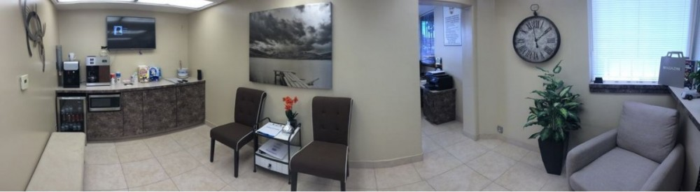 Center Valley Automotive waiting room located at Reseda, CA, 91335 is a comfortable and inviting place for our guests.