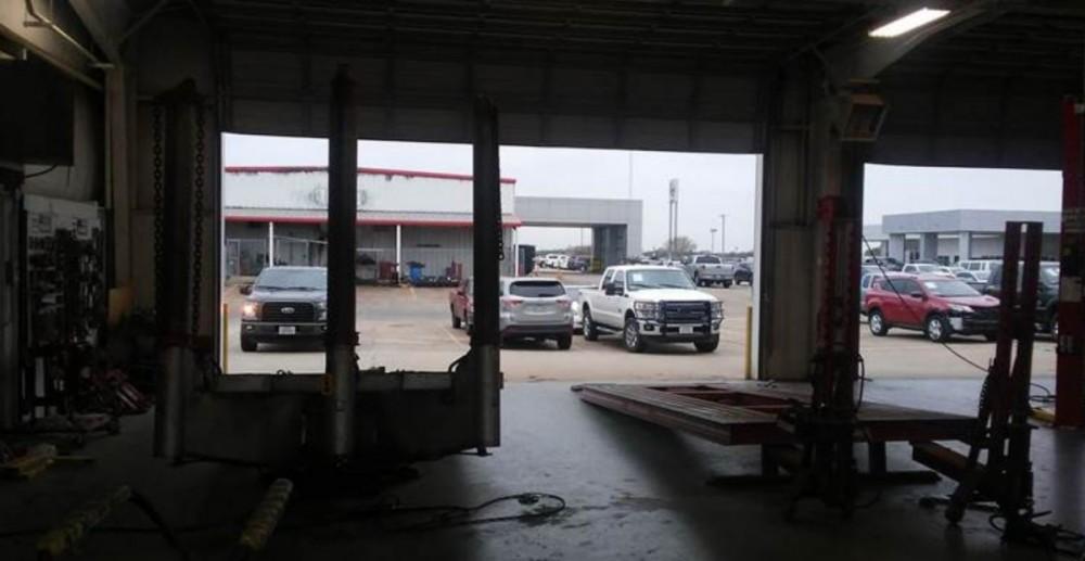 Gulf Coast Toyota >> Photos Gulf Coast Toyota Collision Center Angleton Tx