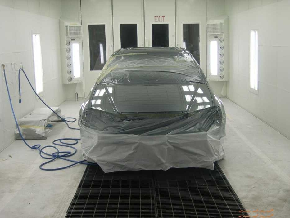 A clean and neat refinishing preparation area allows for a professional job to be done at Accurate Auto Body, Richmond, CA, 94806.