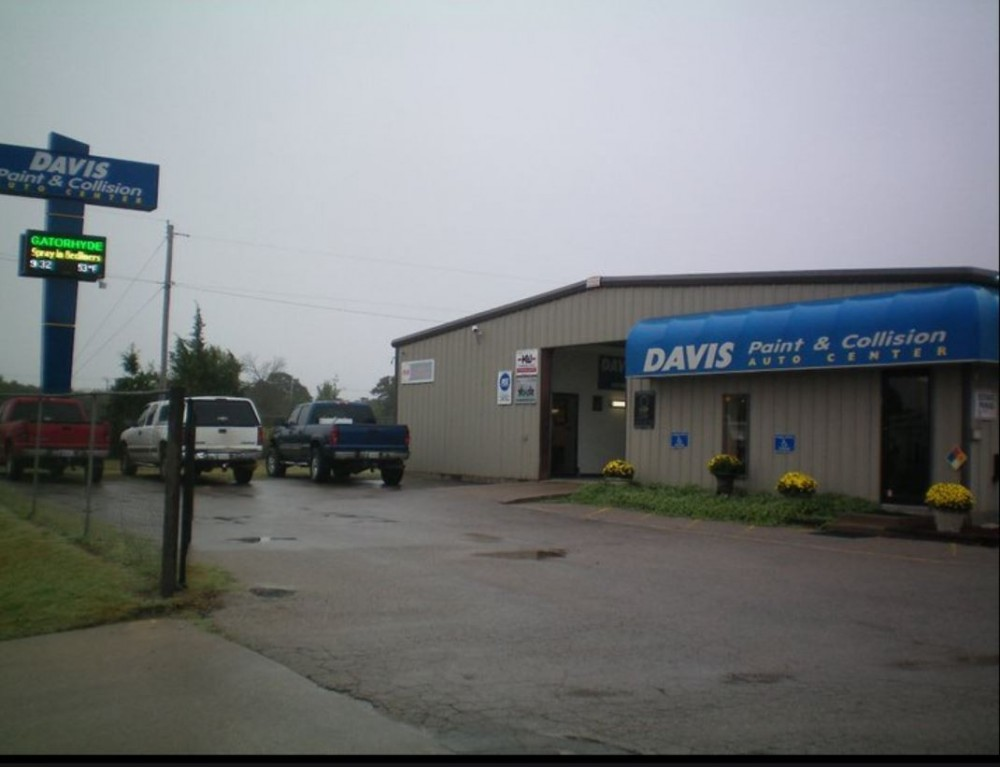 At Davis Paint & Collision - Midwest City, you will easily find us located at Midwest City, OK, 73110. Rain or shine, we are here to serve YOU!