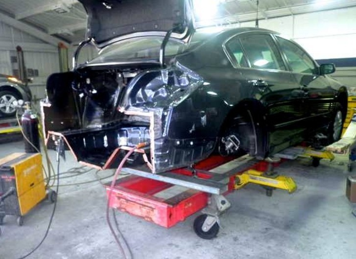 We are a high volume, high quality, Collision Repair Facility located at Reseda, CA, 91335. We are a professional Collision Repair Facility, repairing all makes and models.