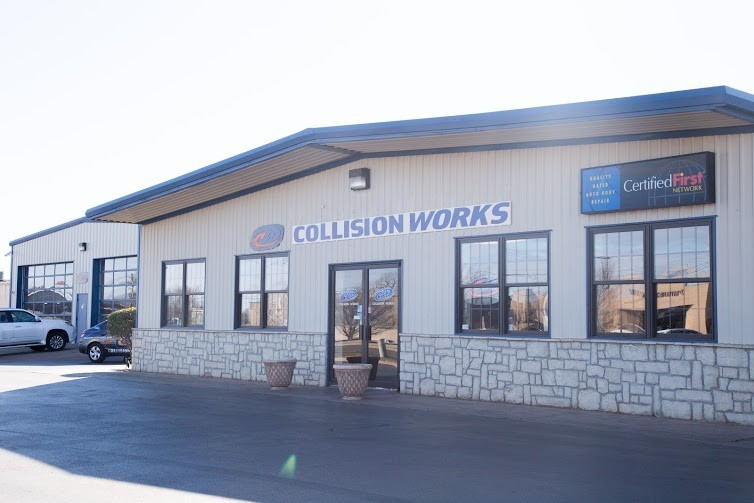 We are Centrally Located at Del City, OK, 73115 for our guest's convenience and are ready to assist you with your collision repair needs.