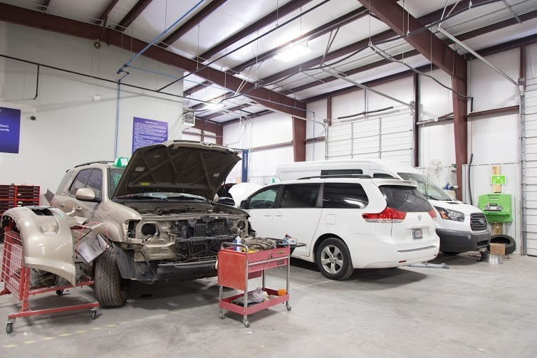 Collision repairs unsurpassed at Oklahoma City, OK, 73114. Our collision structural repair equipment is world class.