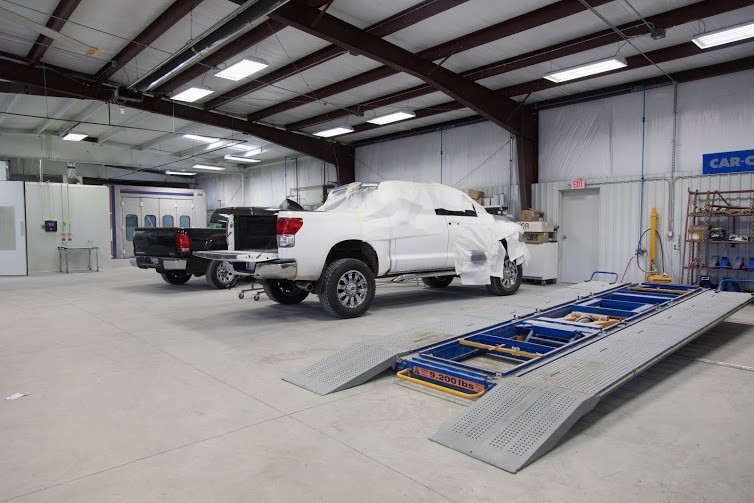 Here at Collision Works - Norman, Norman, OK, 73069, professional structural measurements are precise and accurate.  Our state of the art equipment leaves no room for error.