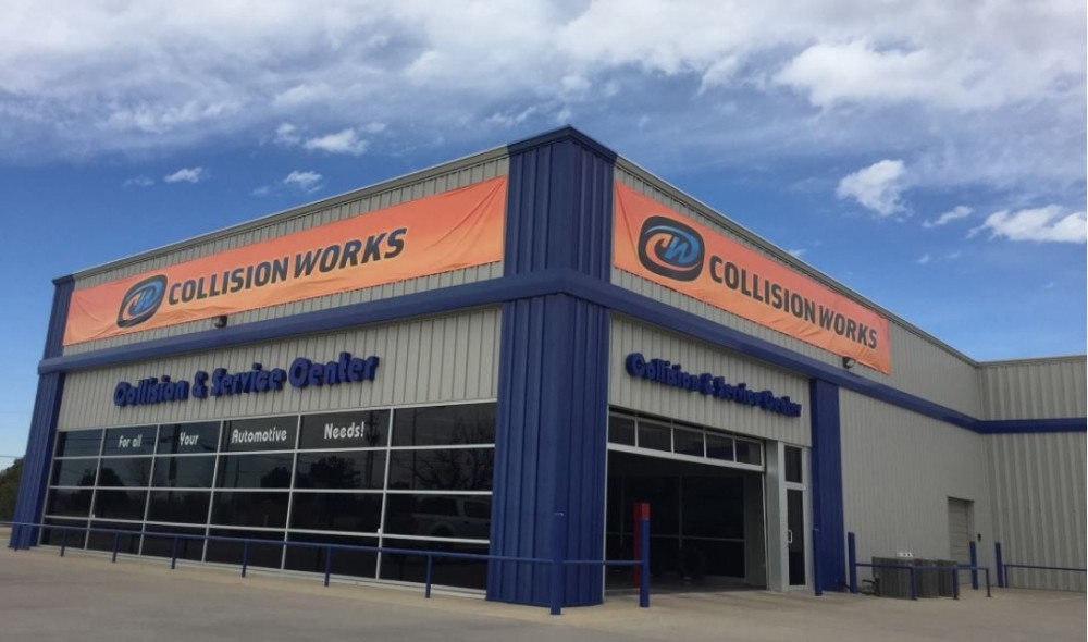 We are Centrally Located at Wichita, KS, 67205 for our guest's convenience and are ready to assist you with your collision repair needs.