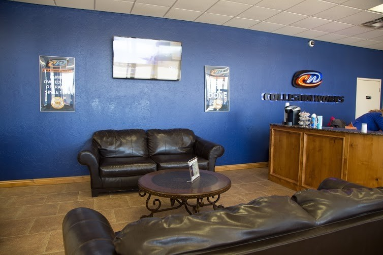 Our body shop's business office located at Shawnee, OK, 74804 is staffed with friendly and experienced personnel.
