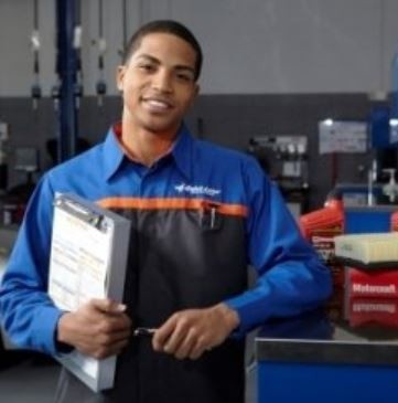 Friendly faces and experienced staff members at Moffitt Ford Lincoln Body Shop, in Boone, IA, 50036, are always here to assist you with your collision repair needs.
