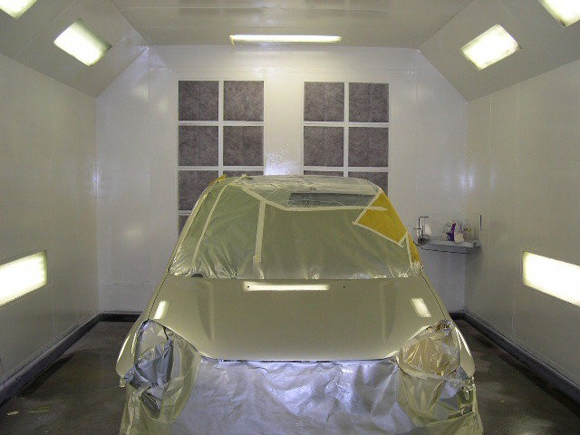 Detroit Auto Body 521 N 2nd Ave.  Covina, CA 91723-1609  A CLEAN AND STATE OF THE ART REFINISHING DEPARTMENT GIVES WAY TO A CLEAN AND FINISHED PRODUCT...