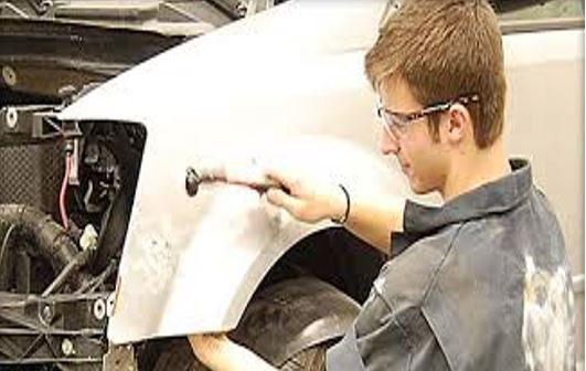 Here at Main Motor Chevrolet Body Shop, Anoka, MN, 55303, our body technicians are craftsmen in the art of metal straightening.