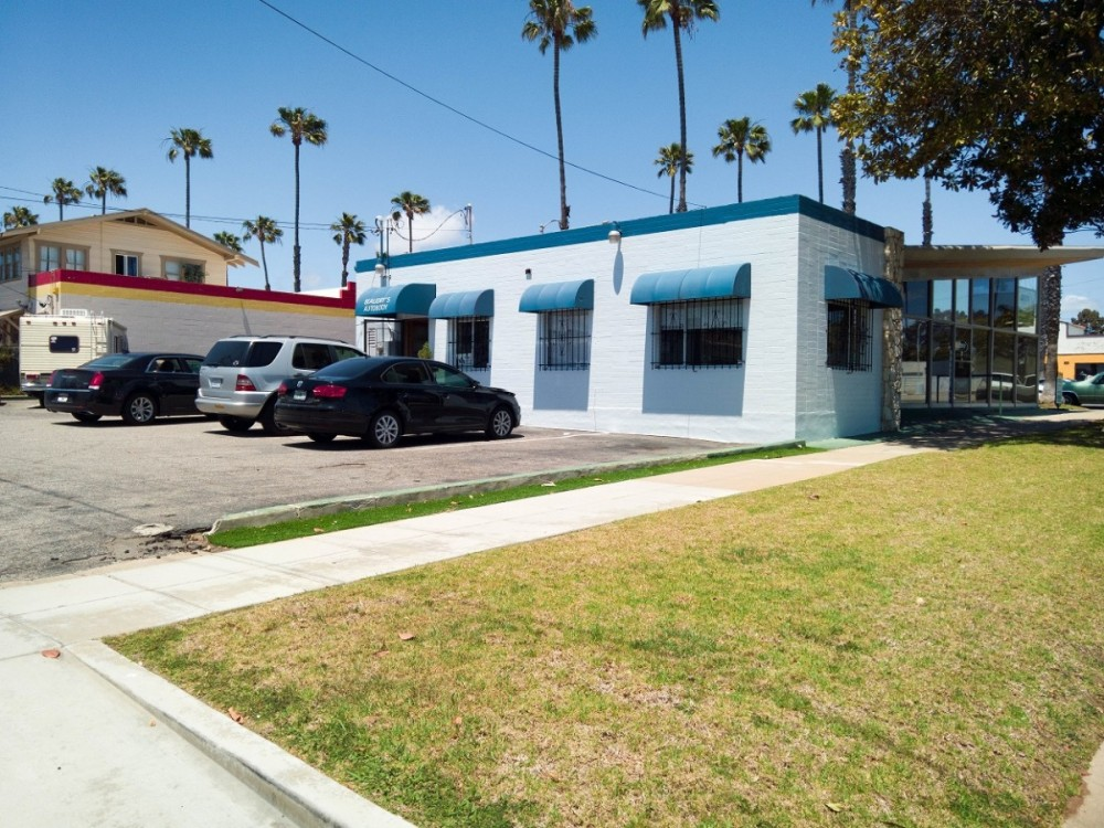 Beaudry's Auto Body is a high volume, high quality, Collision Repair Facility located at Oceanside, CA, 92054. We have specialty trained technicians who work on all makes and models.