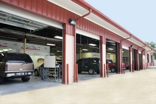 Laneys Collision Center 916 E Hillsboro St El Dorado, AR 71730     Large Collision Facility.  Auto Body Repair Experts