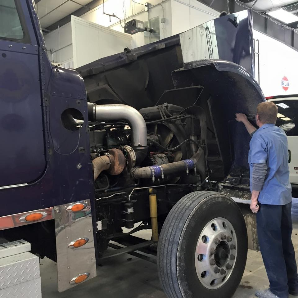 Complete Truck & RV Repair - St. Charles