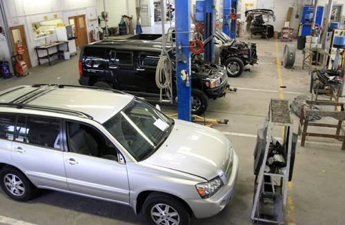 Laneys Collision Center 916 E Hillsboro St El Dorado, AR 71730    Collision Experts.  Centrally Located.. Auto Body Facility.. State of the Art