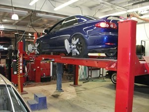 Hendrick Collision Center of Kansas City