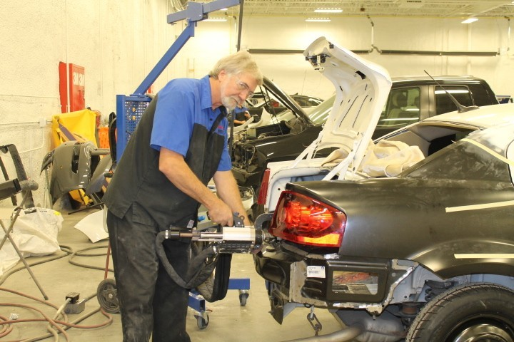 Hendrick Chrysler Jeep - 