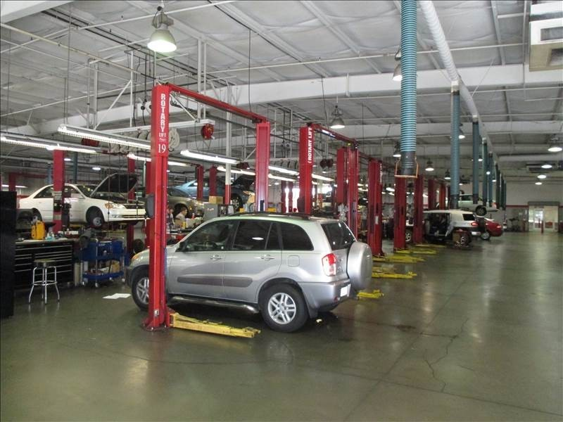 Rick Hendrick Toyota Scion Sandy Springs We are a high volume, high quality, Collision Repair Facility located at Sandy Springs, GA, 30328. We are a professional Collision Repair Facility, repairing all makes and models.