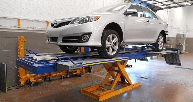 Hendrick Collision Center Hickory - Structural repairs done at Hendrick Collision Center Hickory are exact and perfect, resulting in a safe and high quality collision repair.