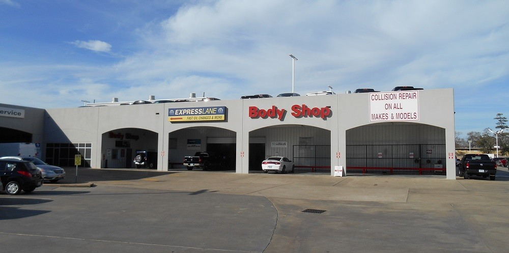 We are a state of the art Collision Repair Facility waiting to serve you, located at Houston, TX, 77024.