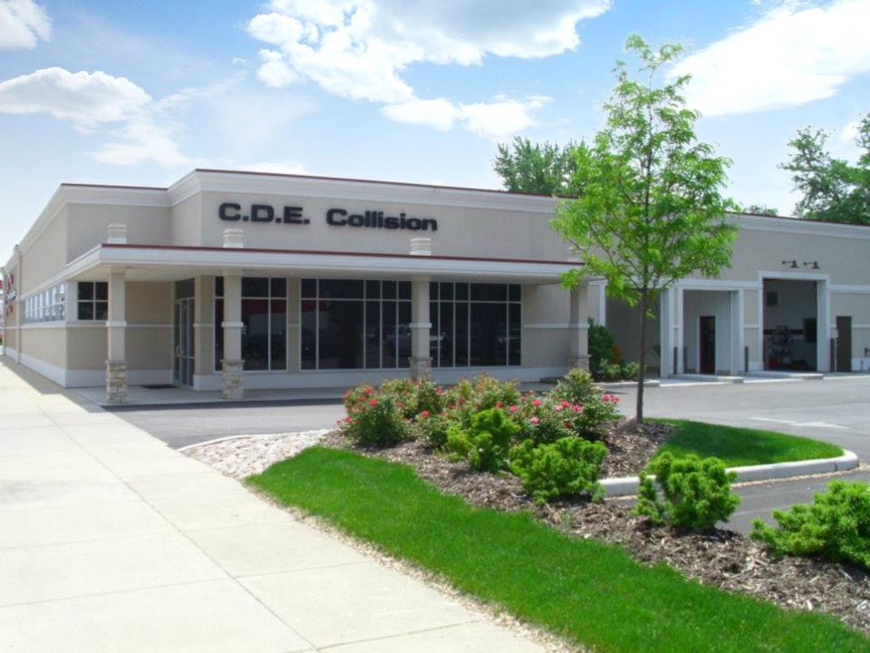 C.D.E. Collision Damage Experts (Hammond) 7212 Indianapolis Blvd  Hammond, IN 46324  WE ARE CENTRALLY LOCATED WITH EASY ACCESS  FOR OUR GUESTS CONVENIENCE