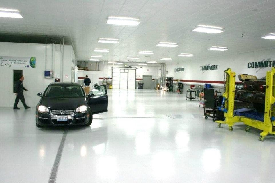 C.D.E. Collision Damage Experts (Hammond) 7212 Indianapolis Blvd  Hammond, IN 46324  A WELL ORGANIZED AND SPOTLESS STATE OF THE ART COLLISION CENTER AWAITS YOU...