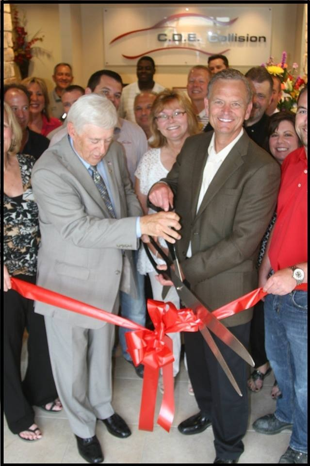 C.D.E. Collision Damage Experts (Lansing)