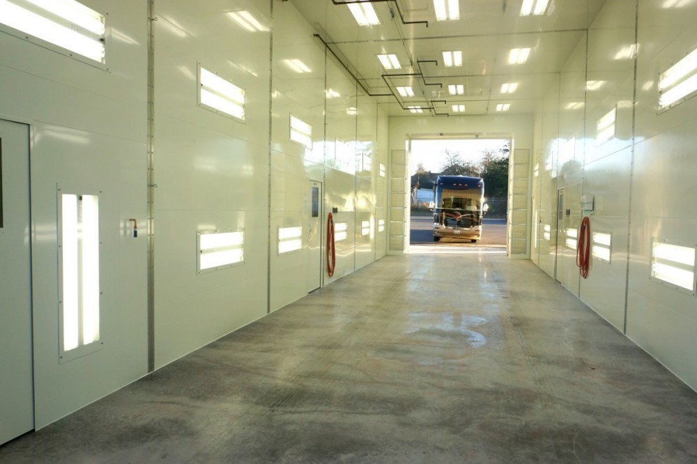 A clean and neat refinishing preparation area allows for a professional job to be done at Chehalis Collision Center, Chehalis, WA, 98532.