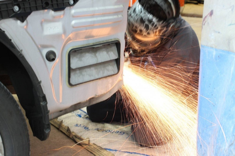 M & S Collision - Milpitas 107 Minnis Circle  Milpitas, CA 95035-3150  Repairing of Metal is a Craftsmen's Skill and we have just the right Technicians for the task ...
