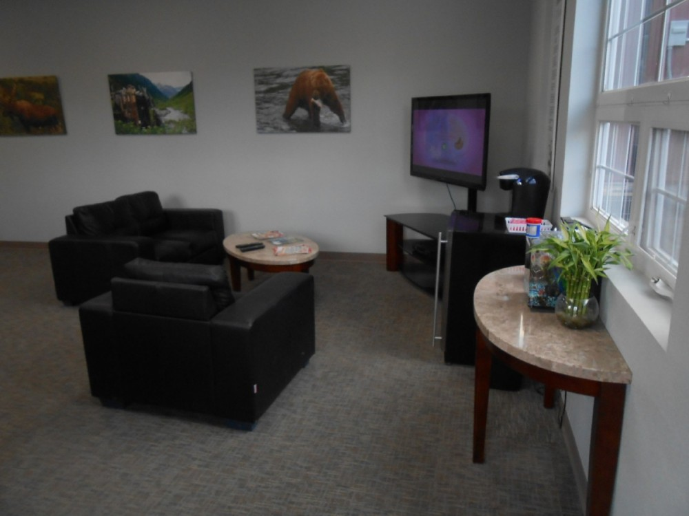 The waiting area at our body shop, located at Soldotna, AK, 99669 is a comfortable and inviting place for our guests.