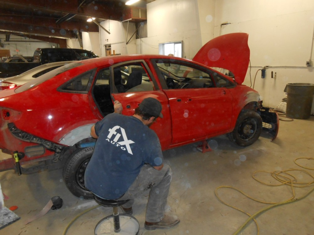 At Fix Auto Soldotna, all of our body technicians are skilled at panel replacing.