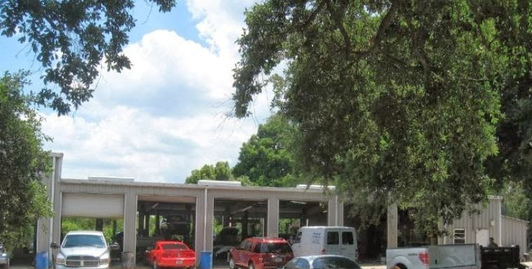 We are Centrally Located at Lakeland, FL, 33805 for our guest's convenience and are ready to assist you with your collision repair needs.
