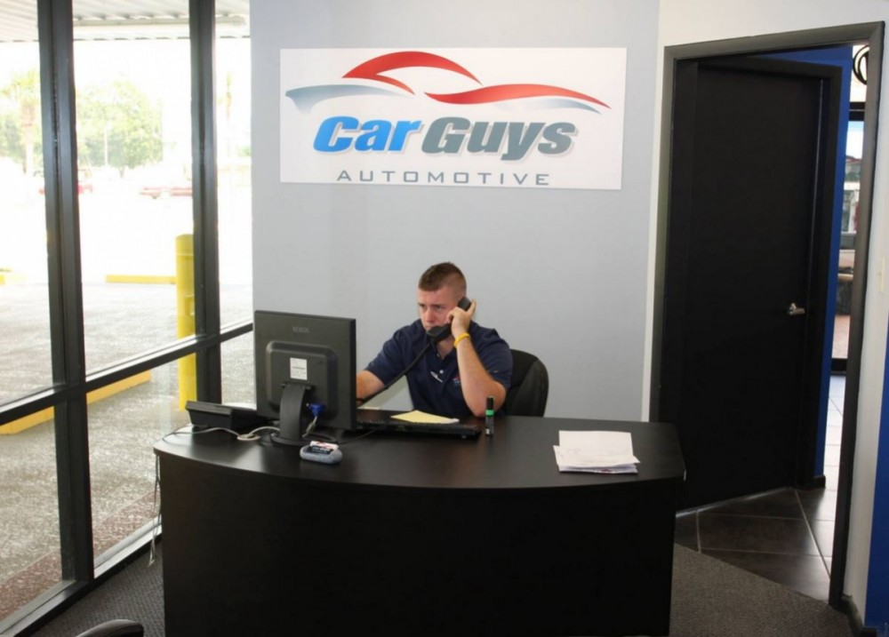Our body shop's business office located at Spring Hill, FL, 34607 is staffed with friendly and experienced personnel.